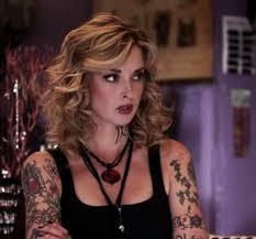 Emily Baldoni (2)