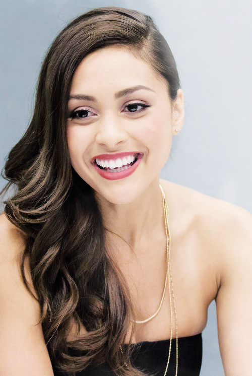 Lindsey Morgan (1)